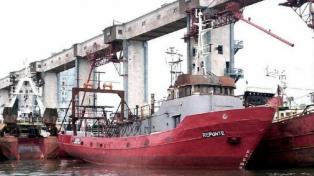 Tres muertos y siete desaparecidos tras el naufragio del pesquero