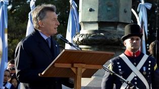 """""""El país ha comenzado a crecer"""", afirmó Macri en Rosario"""