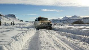 Un intendente pidió a los dueños de campos que no abandonen a sus peones en medio de la nieve