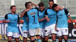 Belgrano superó a Newell's, salió del fondo y lo complicó en la clasificación a la Libertadores
