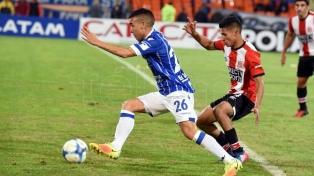"""Estudiantes se afirma en la """"zona Libertadores"""""""