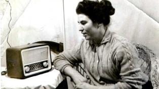 La redes recuerdan a la radio en su día mundial