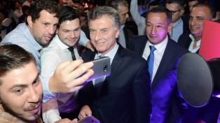 """Mauricio Macri: """"Llevamos un año y medio y vamos muy bien"""""""