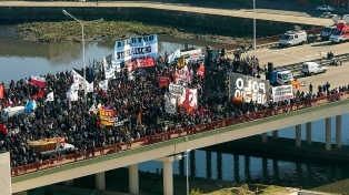 La izquierda y los movimientos sociales protestan contra el G20