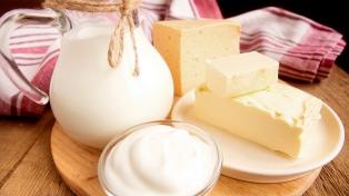 Casi el 90% de los argentinos consume menos lácteos de lo recomendado