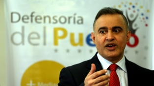 """El gobierno se desligó del motín pero el fiscal pidió declarar en """"emergencia"""" a la justicia"""