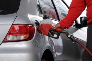 La venta de combustibles subió 3,6% en abril aunque modera la tendencia alcista