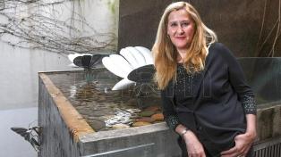 """Luz Gabás: """"Me interesa ver cómo la moralidad va cambiando a lo largo de los siglos"""""""