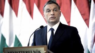 """Orbán promete defender la """"soberanía"""" y anuncia medidas contra las ONGs"""