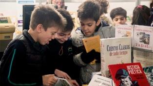 Teatro, muestras, talleres y Feria del Libro para los chicos en Córdoba