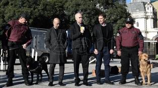 Presentan una patrulla de perros para la prevención y combate del delito