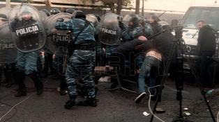 Desalojaron la planta Pepsico, con heridos y detenidos