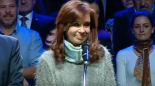 """Cristina Kirchner pidió el voto de toda la oposición para poner límites al """"ajuste"""""""