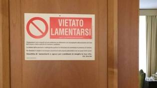 """El Papa colgó un cartel en la puerta de su habitación que dice: """"Prohibido quejarse"""""""