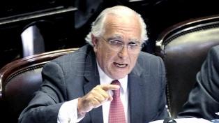 Para Gil Lavedra, el Congreso debería legislar otro modo de remoción de la procuradora Gils Carbó
