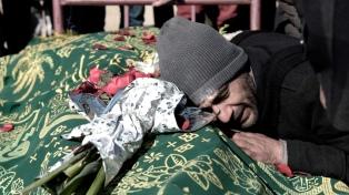 Al menos 12 muertos por un atentado suicida durante un funeral en Nangarhar