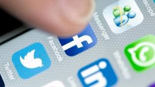 Facebook abandonó una estrategia contra noticias falsas que en vez de combatirlas las potenciaba