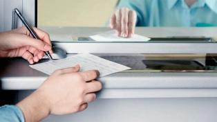 Oficializan los créditos para beneficiarios de AUH y pensiones no contributivas