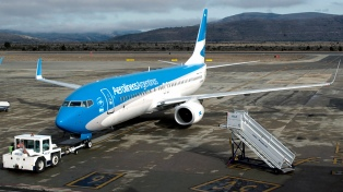 Bariloche se normaliza con la operación del aeropuerto y la restitución del servicio eléctrico