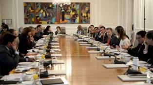 Renunció el gabinete en pleno para que Santos rearme su equipo de gobierno