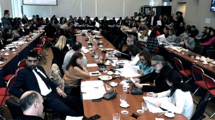 Diputados: postergan el dictamen de expulsión de De Vido para que el ex ministro se defienda