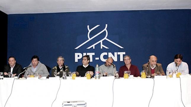 Paro general del PIT CNT con adhesión en el transporte