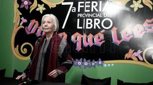 Con una charla entre Beatriz Sarlo y Edi Zunino se inauguró la Feria del Libro