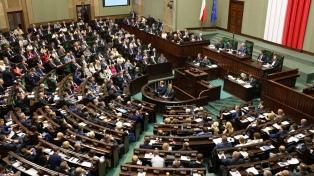 Cómo comenzó y cuáles son los motivos de la crisis entre Polonia y la UE