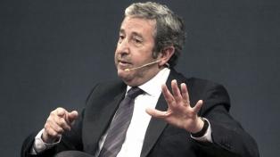 """""""Se están pensando medidas tendientes a estabilizar la economía"""", aseguró Cobos"""