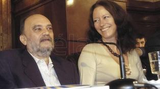 La esposa de Roberto Fontanarrosa recordó al humorista a 10 años de su muerte