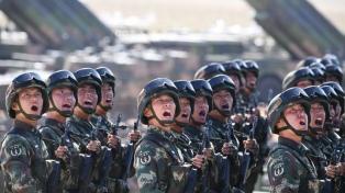 Con un impresionante desfile militar, China celebra los 90 años de su ejército