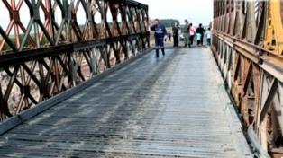 Vialidad construye desvíos e instala dos puentes Bailey sobre la Ruta Nacional 12