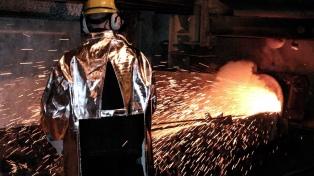 La producción industrial creció en septiembre un 5,6% interanual y acumuló 12 meses de alza