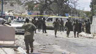 Al menos 18 muertos en un ataque de Al Sabaab con un coche bomba en Mogadiscio