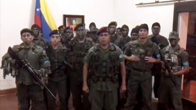 Tras el levantamiento militar, Maduro:
