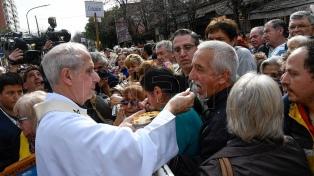 """""""Los de al lado no son enemigos, nos une la fe"""", afirmó el cardenal Poli en la misa"""