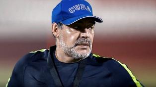 Maradona manifestó su alegría por el triunfo del seleccionado con una foto de Messi