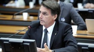 El ultraderechista Bolsonaro propuso crear campos para refugiados venezolanos