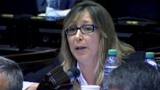 """Para Bregman, la denuncia del gobierno contra diputados """"es una persecución política brutal"""""""