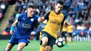 Con 15 argentinos, arranca con Arsenal-Leicester la Premier League inglesa