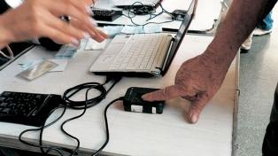 Seis provincias del norte realizarán una prueba piloto de identificación biométrica en las PASO