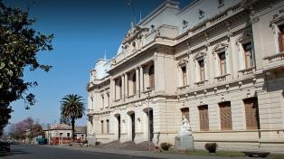 Los principales candidatos por la gobernación cerraron la campaña electoral