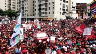 """El Gobierno llamó a una """"gran marcha antiimperialista"""" en repudio a Trump"""