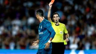 Cristiano Ronaldo recibió cinco fechas de suspensión tras su expulsión en la Supercopa