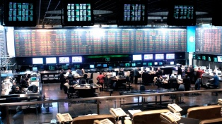 El S&P Merval subió 2,63% y cerró la jornada en 33.189,91 puntos