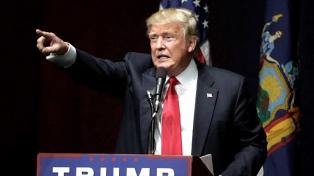 Trump acusó a grupos de izquierda por los incidentes raciales