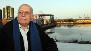 """Edgardo Cozarinsky: """"Trato de no dejarme contaminar por la actualidad, de eludir la ideología"""""""