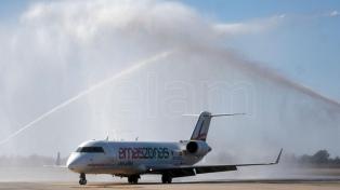 La aerolínea Amaszonas hará dos vuelos desde Bolivia y Uruguay