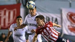 Unión avanza en la Copa Argentina tras derrotar a Lanús