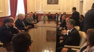 Doce embajadores acudieron a apoyar a los parlamentarios venezolanos